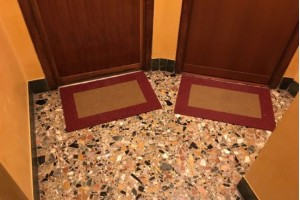 Zerbini e asciugapassi personalizzati - Roma